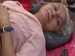 विस्थापितों के दर्द को लेकर अनशन पर बैठीं मेधा पाटकर की तबियत बिगड़ी