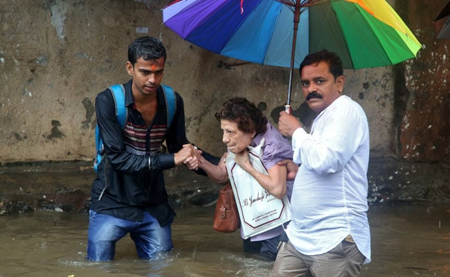 5 Dead, Mumbai Told To Stay Home In More Heavy Rain: 10 Points