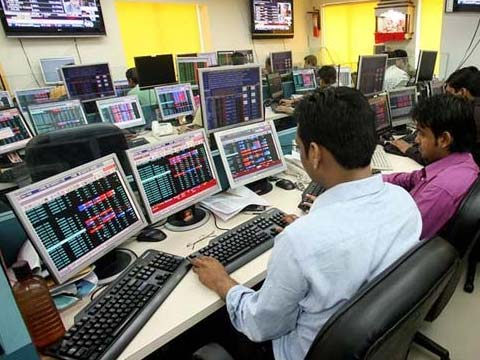 Sensex snaps five-day losing streak, ends 235 points higher, Nifty settles at 9,794; midcap, smallcap stocks surge