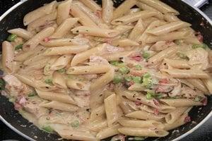 चिकन पास्ता
