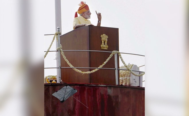 A Kite Landed Below Podium As PM Modi Made His Independence Address
