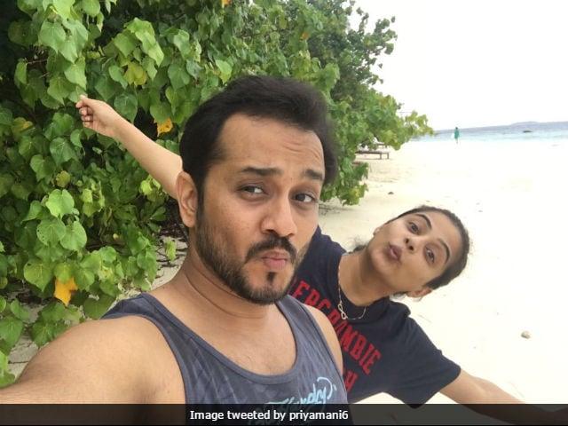 South Star Priyamani Marries Boyfriend Mustafa