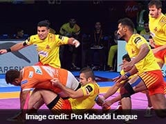 Pro Kabaddi League: Gujarat Fortunegiants Thrash Puneri Paltan 35-21
