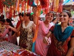 राखी पर GST लगेगा या नहीं? जीएसटी से जुड़े सवालों के एकदम सीधे जवाब दिए सरकार ने