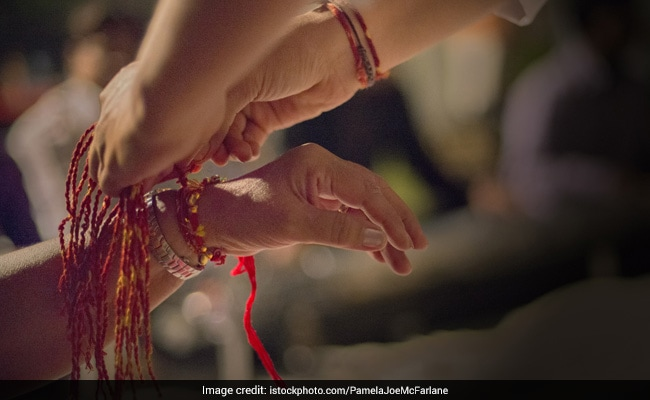 Raksha Bandhan 2017: Here?s How Celebrities are Celebrating Rakhi With Lots of Delicious Mithai