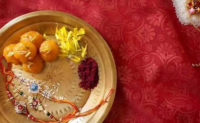 Rakhi 2017: 6 Interesting Rakhi Gift Ideas for Your Brother this Raksha Bandhan