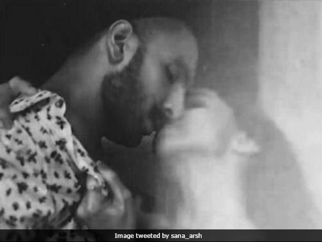 Viral: This Deepika Padukone, Ranveer Singh Kiss Is Breaking The Internet