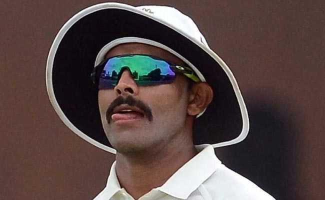 महेंद्र सिंह धोनी के चहेते 'सर' रवींद्र जडेजा को रविवार के दिन लगे दो झटके