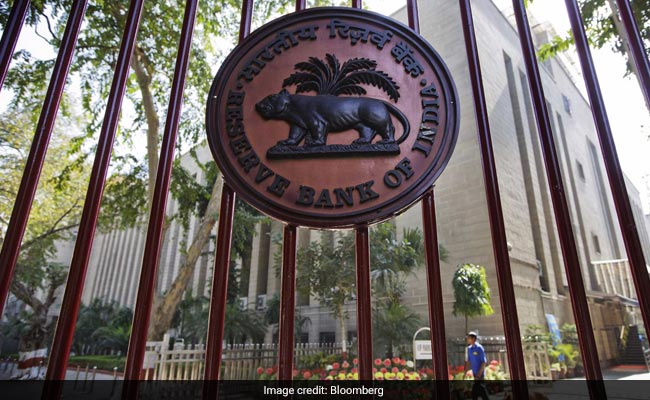 Live Updates: RBI Keeps Key Lending Interest Rate Unchanged