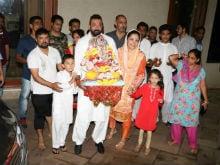 Ganesh Chaturthi 2017: Sanjay Dutt And Maanyata Celebrate Ganpati <i>Visarjan</i>