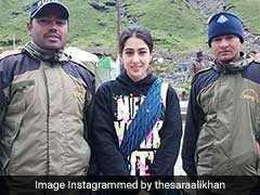 केदारनाथ मंदिर पहुंचीं सारा अली खान, वायरल तस्वीरों में 'No Makeup' लुक में दिखीं