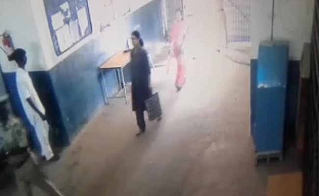 Sasikala Video Submitted As Proof That She Was Allowed To Leave Prison