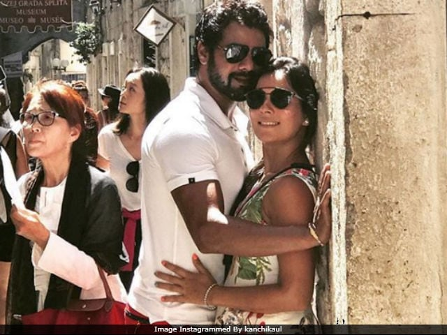 Shabbir Ahluwalia Turns 38. Celebrates Birthday With Wife In Croatia. Here Are Pics