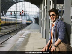 Shah Rukh Khan And Indian Railways, A <i>Safar</i> Made-In-Bollywood