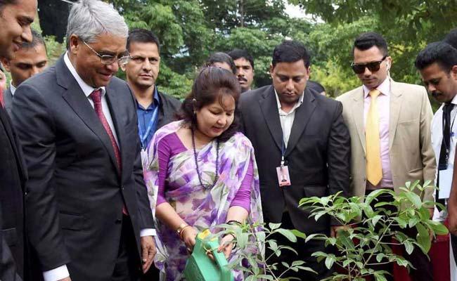 Nepal PM Sher Bahadur Deuba Visits Infosys, T-Hub In Hyderabad