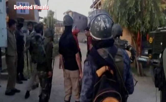 2 Army Personnel Killed, 3 Injured In Encounter In Jammu and Kashmir's Shopian