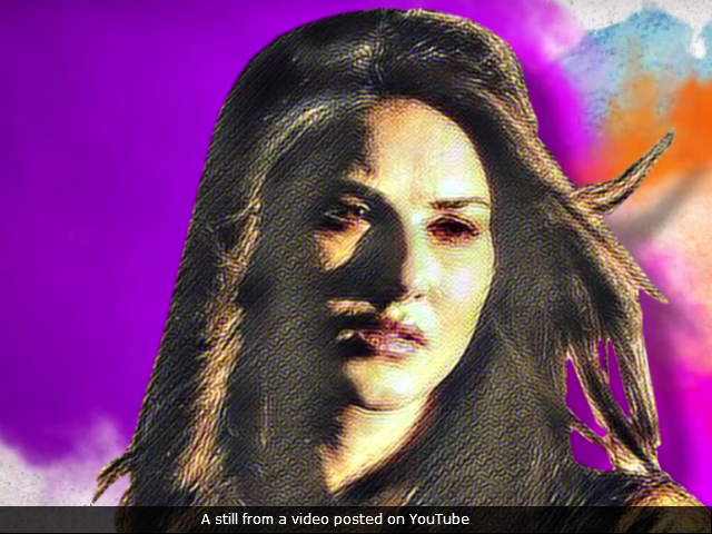 Tera Intezaar Motion Poster: Sunny Leone And Arbaaz Khan In Search Of Love