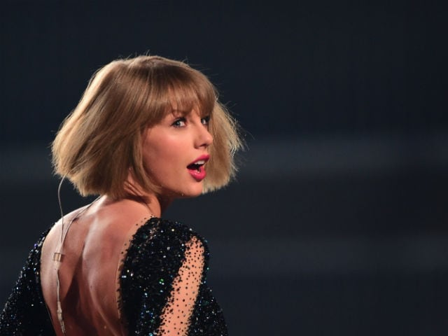Taylor Swift Was 'Groped' By Radio DJ, Says Jury. Awards Her A Symbolic $1 Verdict