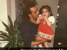 That's Little Trishala And Sanjay Dutt In Old Pic. See Maanyata's Comment