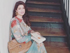Twinkle Khanna, Trolled For Mocking 'Dignity Of Men,' Posts The Same Pic Again
