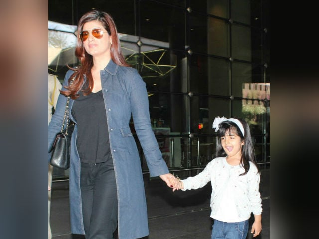 Twinkle Khanna Plots Attack On Daughter's Hair. Twitter Doesn't Approve