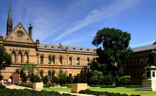 Study in Australia: Application, Eligibility And English Language Requirements For Master and Research Programs