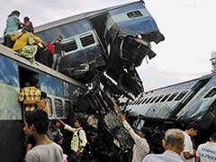मुजफ्फरनगर ट्रेन हादसा: मेरठ लाइन पर ट्रेनें शाम छह बजे तक रद्द, रूट में चेंज