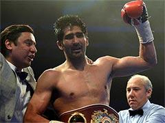 बॉक्सर विजेंदर को जीत पर वीरेंद्र सहवाग, अमिताभ बच्चन सहित कई सेलिब्रिटीज ने इस अंदाज में दी बधाई