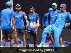 श्रीलंका के खिलाफ वनडे मैच से पहले एमएस धोनी और विराट कोहली के बीच मैदानी भिड़ंत