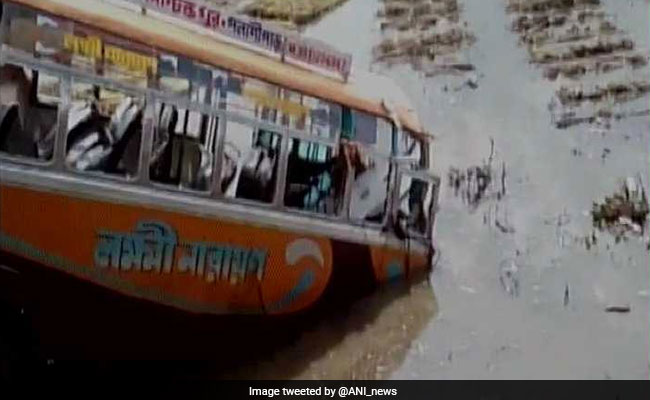 8 killed, 36 injured as bus falls into ditch
