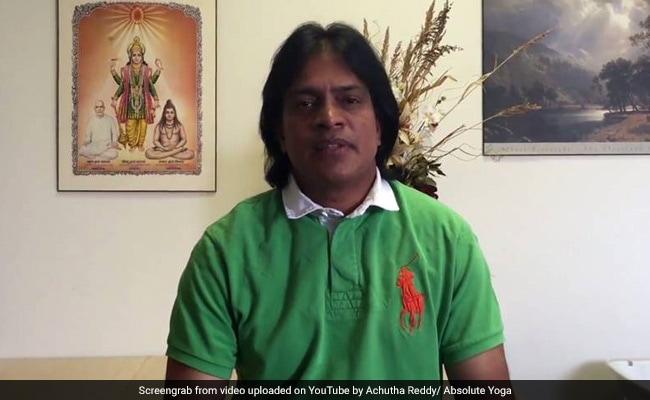 भारतीय मूल के डॉक्टर का अमेरिका में मर्डर : जान बचाने को दौड़ते रहे लेकिन मरीज ने छुरा घोंपकर मार डाला