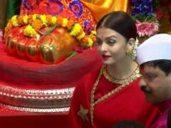 Ganesh Chaturthi 2017: Aishwarya Rai Bachchan Visits Lalbaugcha Raja. And We Missed Aaradhya