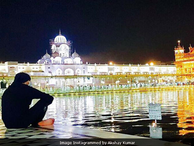 Akshay Kumar Visits Golden Temple, Instagrams 'Surreal' Experience