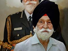 17-Gun Salute, Fly-Past For Arjan Singh, Marshal Of Indian Air Force
