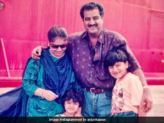 Arjun Kapoor Shares A Fabulous Throwback Pic With Family