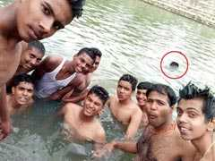 Bengaluru Group Selfie Of Students Shows One Of Them Drowning