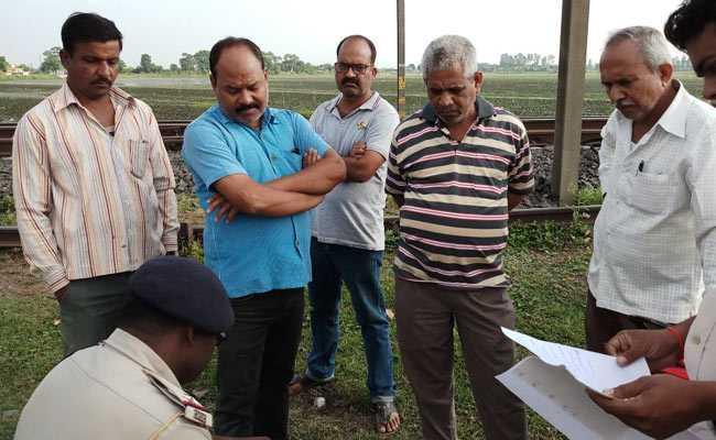 मध्यप्रदेश में भी 'ब्लू व्हेल'  गेम से मौत, ट्रेन के सामने खड़े होने का छात्र ने लिया चैलेंज, गई जान