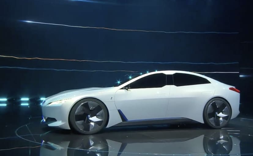 BMW i Vision Dynamics concept has Tesla locked in its sights