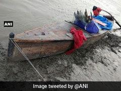 Border Security Force Apprehends 2 Pak Nationals, 3 Boats Off Gujarat Coast
