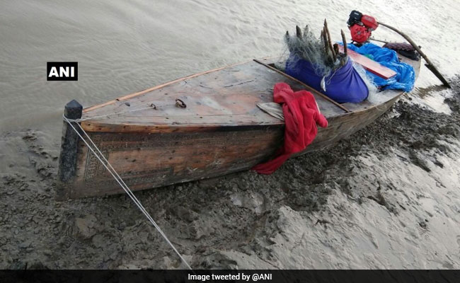 Border Security Force Apprehends 2 Pak Nationals, 3 Boats Off Gujarat Coast