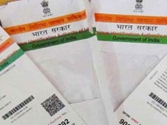 Centre Plans To Link Driving Licence To Aadhaar Card
