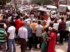 सुप्रीम कोर्ट में NEET परीक्षा के खिलाफ अपील करने वाली छात्रा के सुसाइड के बाद तमिलनाडु में प्रदर्शन
