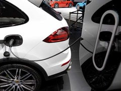 China Sets New Deadline For Automakers To Meet Green-Car Sales Targets