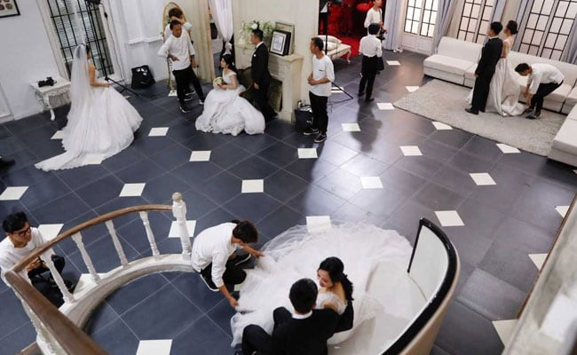 chinese couples reuters