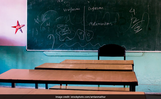Punjab To Merge Schools With Less Attendance; AAP Opposes The Move