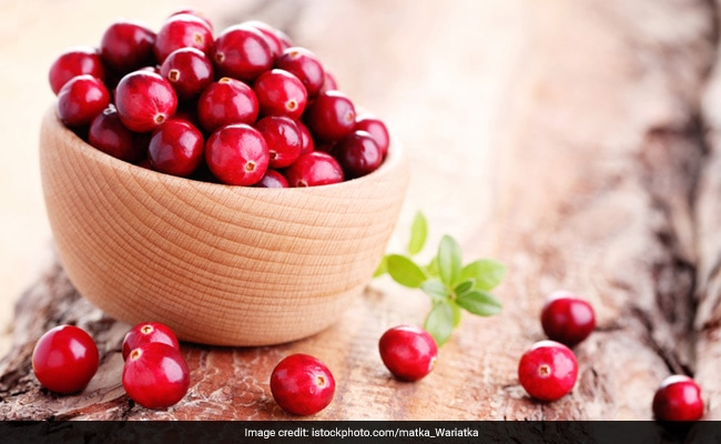 Consuming Cranberries May Cut the Risk of Urinary Tract Infections: Study