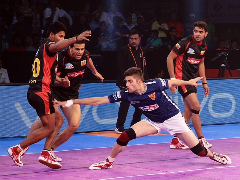Pro Kabaddi League: Dabang Delhi Crush Bengaluru Bulls
