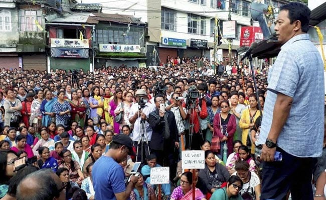 Shops Open In Darjeeling All Eyes On Tomorrow's All Party Meeting
