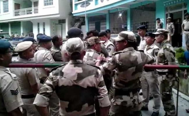 1 Dead After Bengal Police Raid Secret Gorkha Morcha Meeting In Sikkim