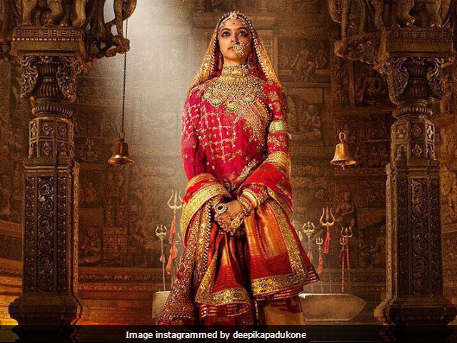 Padmavati First Posters Reviewed As 'Stunning,' Courtesy Karan Johar, Alia Bhatt